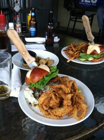 Pawley's Front Porch : best burger ever!