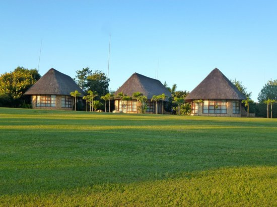 Manzini, Suazi: Les rondavels dans le parc