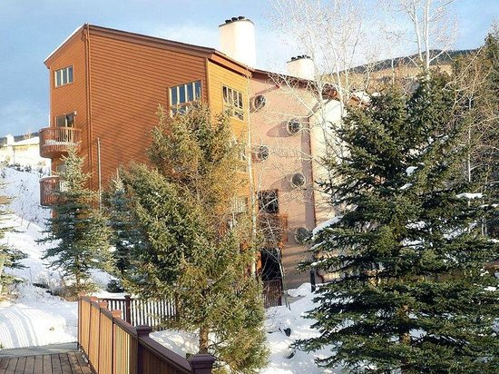 VRI Streamside at Vail - Cedar: Cedar - Building Exterior