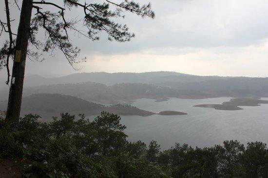 Umiam Lake: Monsoon view of Umiam / Barapani Lake