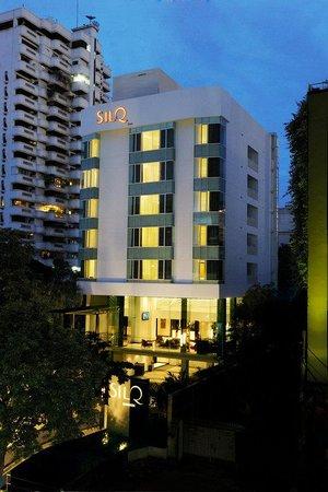 SilQ Bangkok: SilQ Building Night View