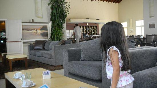 Howard Johnson Hotel Resort Villa de Merlo : LOBBY DEL HOTEL