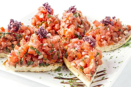 Epicure Gourmet Cafe: Tomato bruschetta