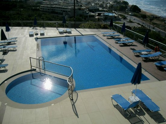 Renieris Hotel: swiming pool