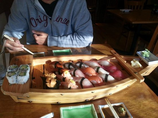 Fanwood, نيو جيرسي: Sushi for two