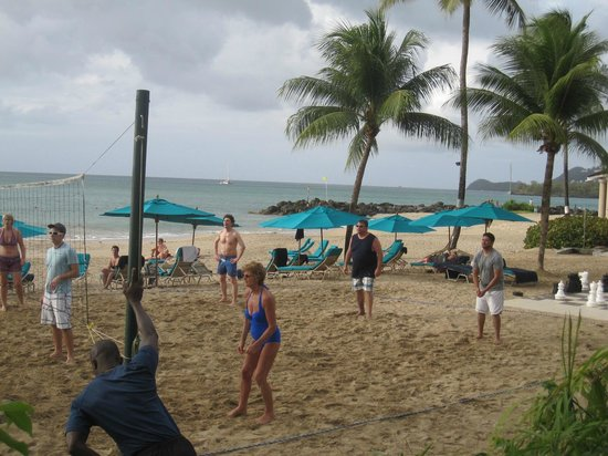 Rendezvous Resort: Evening Beach Volleyball