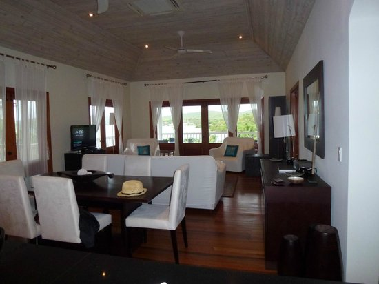 Nonsuch Bay Resort: Our dining room