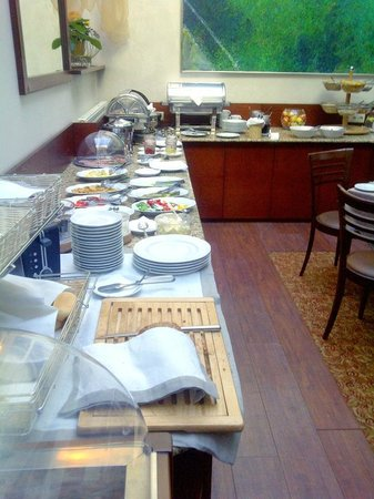 Ratonda Centrum Hotels: Buffet breakfast
