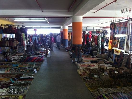 The Junction Mall: stalls upon stalls of vendors with nice goods