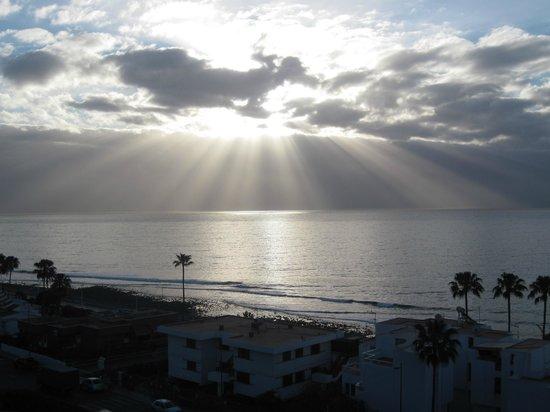 Beverly Park Hotel: Room view sunrise