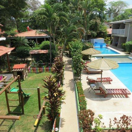 Hotel Mar de Luz: playground and piscinas