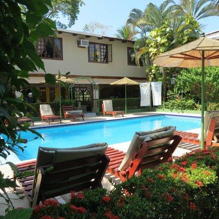 Hotel Mar de Luz: pool area