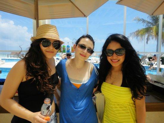Krystal Cancun: alberquita