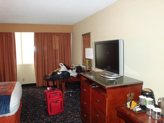DoubleTree by Hilton Nashville-Downtown: nice room