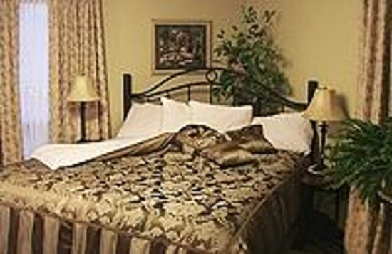 Prince County Bed & Breakfast: Martin Room