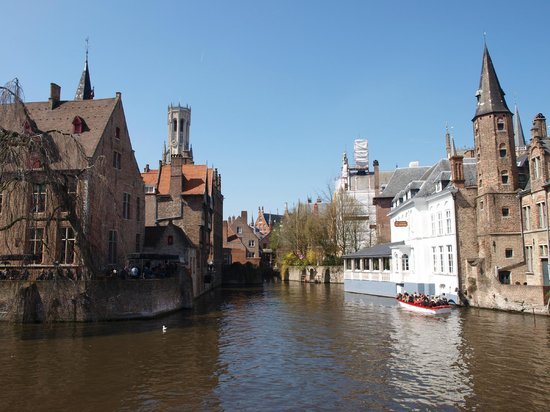 The English Bus: Bruges Day Trip - Canals