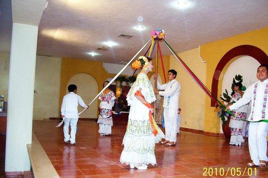 Hacienda Xaybe'h: baile regional merida