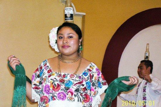 Hacienda Xaybe'h: baile regional