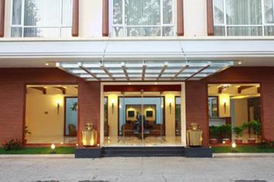 Budget Hotels In Guruvayur Near Temple