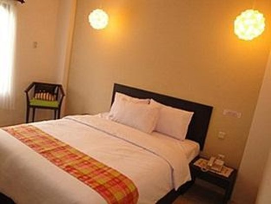 Foto Holiday Park Hotel