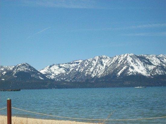 Harrah's Lake Tahoe: Lake Tahoe