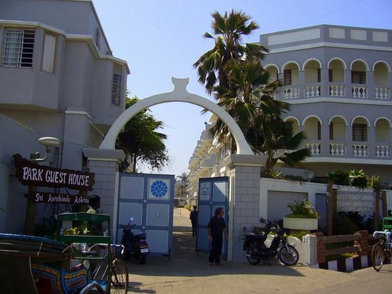 Guest House In Pondicherry Near Beach