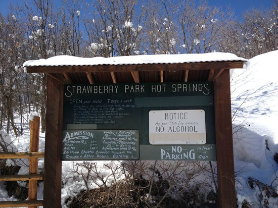 how to get to strawberry hot springs
