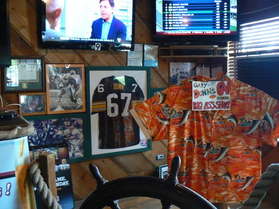 Ocean View Inn and Sports Pub: Football shrine