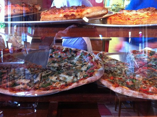 Ramunto's Silician Pizza : many slices to choose from for walk ins, square or triangle