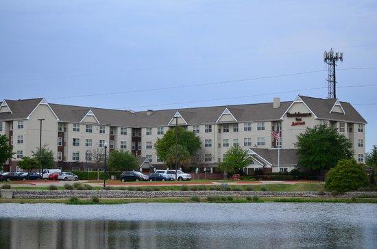 Residence Inn Austin North/Parmer Lane: From the lake side