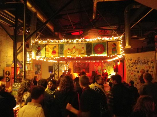 American Flatbread : Live music on the 2nd Saturday of every month!