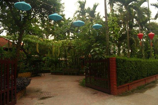 Betel Garden Villas: Hotel entrance
