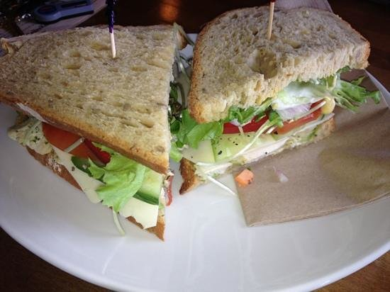 Java Shack: chicken pesto sandwich