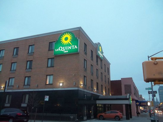 La Quinta Inn Queens New York City : 3718 Queens Blvd