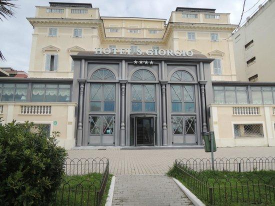 Hotel San Giorgio: Front of hotel
