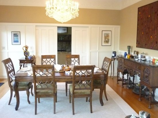 Dining table with sliding doors to huge living room ...