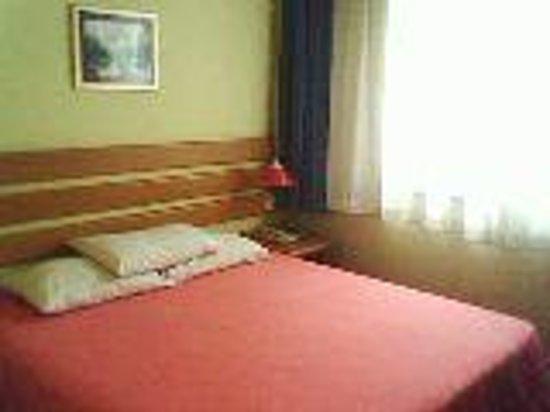 Home Inn (Wuqing Jingjin Road)