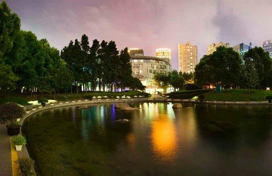 Eastern Air Star Hotel (Shanghai Songjiang River)