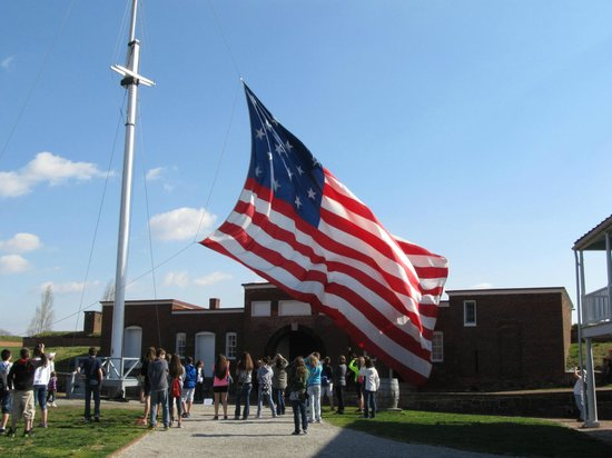 Best Western Plus Hotel & Conference Center: Changing of the Flag - Fort McHenry