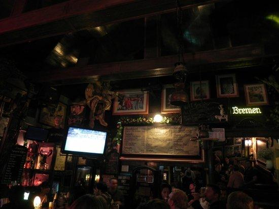 Paddy's Irish Pub: Decoração