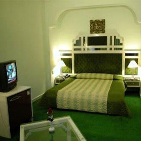 Hotel Surya Kiran Foto