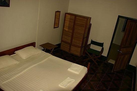 Thakhaek Travel Lodge