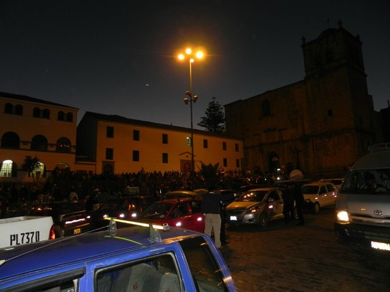Plaza de las Nazarenas: A noite