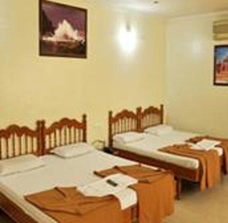 Hotel Sagar Deluxe Photo