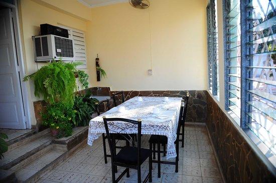Casa particular Carlos & Iraida: dinner place