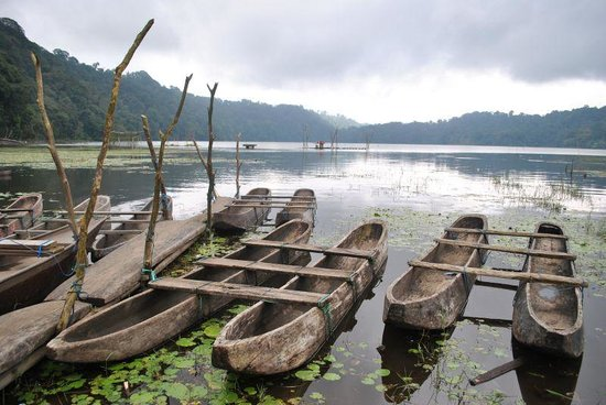 Buleleng, Indonesien: Lake tamblingan