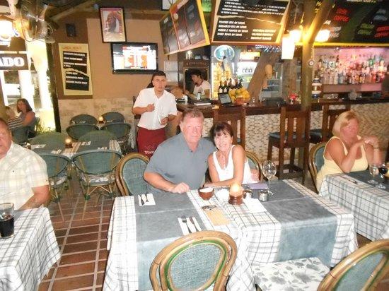 Blue Lagoon Hotel: having a meal