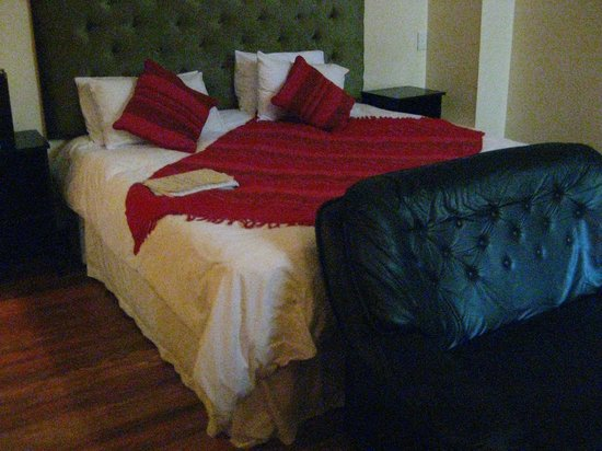 Kings in Cape Hotel: the bedroom