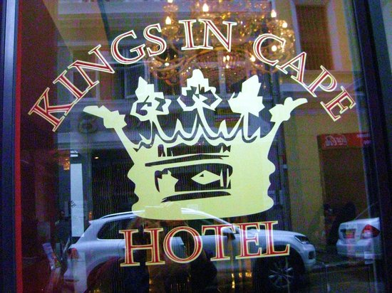 Kings in Cape Hotel: hotel signage