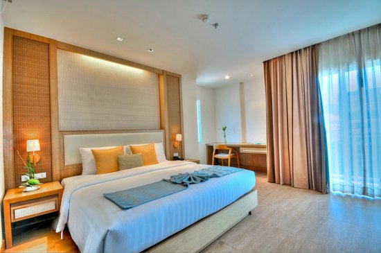 The ASHLEE Plaza Patong Hotel & Spa: Deluxe Room